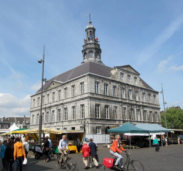 maastrichttownhall