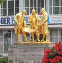 goldenstatuecentenarysquarebirmingham
